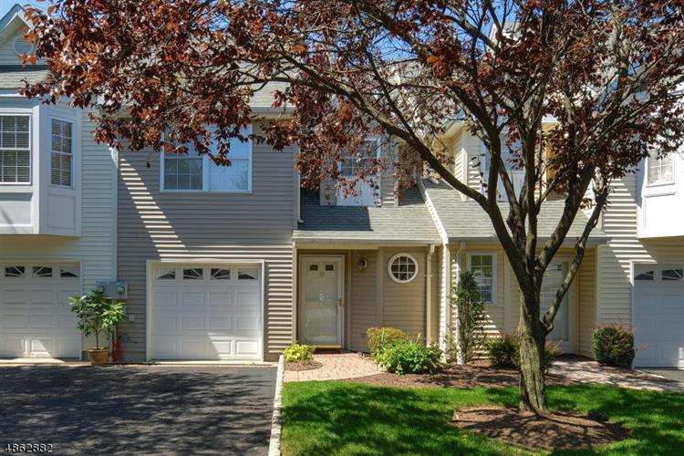 32 ANGELA WAY, Berkeley Heights, NJ 07922 - Image 1