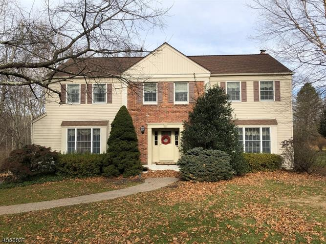20 SUNRISE CIR, Clinton Twp, NJ 08809 - Image 1