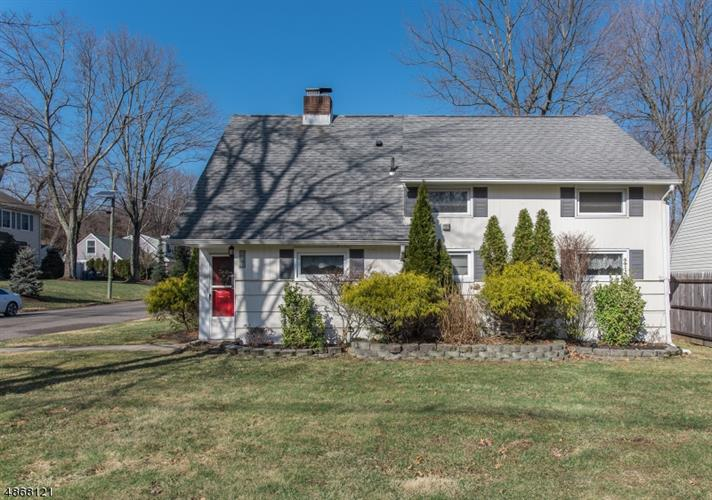 Green Brook Nj >> 132 Greenbrook Rd Green Brook Nj 08812 For Sale Mls 3530200 Weichert Com