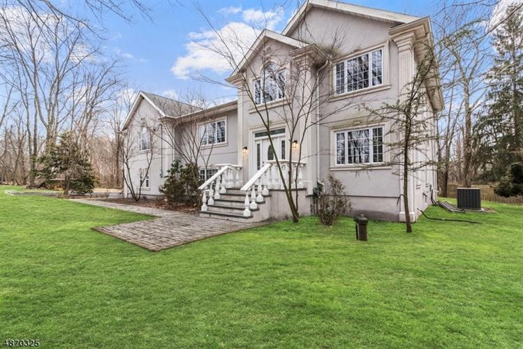 580 FRANKLIN LAKE RD, Franklin Lakes, NJ 07417 - Image 1