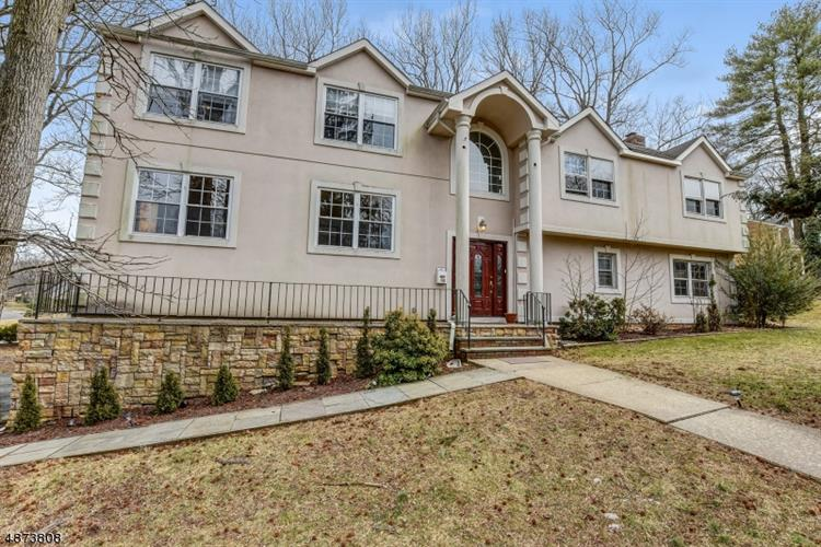 112 HIGH POINT DR, Springfield, NJ 07081 - Image 1