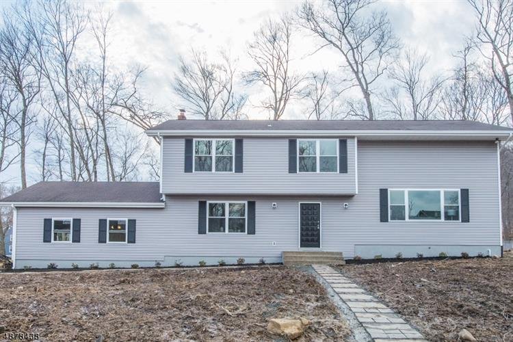 2 WOODED HILL LN, Randolph, NJ 07869 - Image 1