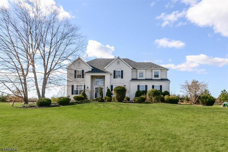 16 KINGSRIDGE RD, Kingwood Twp., NJ 08825 - Image 1