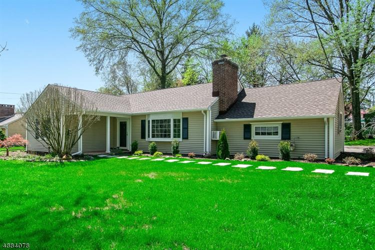 1764 MARTINE AVE , Scotch Plains NJ 07076 For Sale, MLS # 3550894,  Weichert com