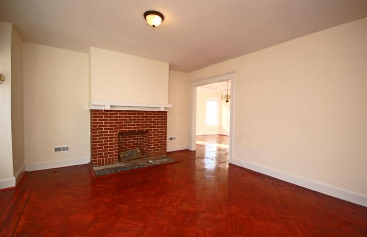 33-35 LEO PL, Newark, NJ 07108 - Image 1