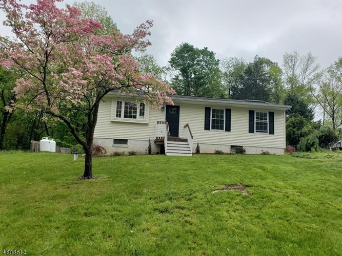 11 IRVING PL, Andover, NJ 07860 - Image 1