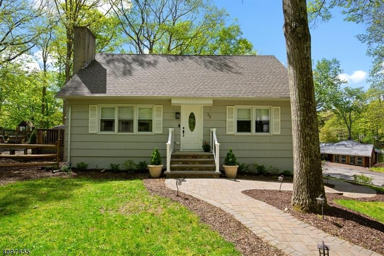 32 E SHAWNEE TRL, Jefferson Twp, NJ 07885 - Image 1