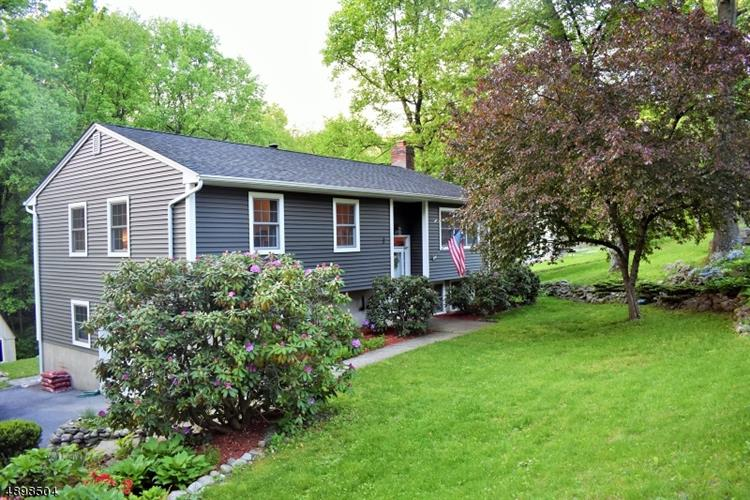 3 CEDAR KNOLL WAY, Vernon, NJ 07419 - Image 1