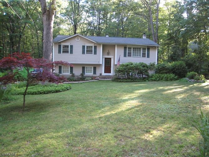 15 BUDD LAKE HEIGHTS RD, Mount Olive, NJ 07828 - Image 1