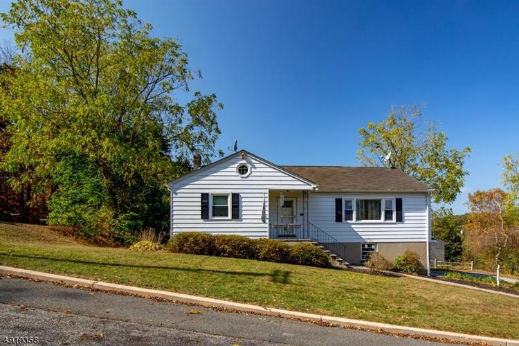 32 WILLOW ST, Sussex, NJ 07461 - Image 1