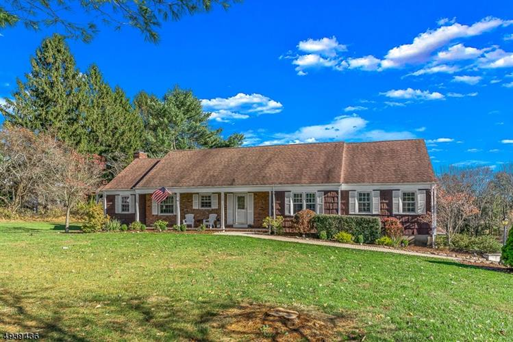 4 MOUNTAIN VIEW DR, Chester, NJ 07930 - Image 1