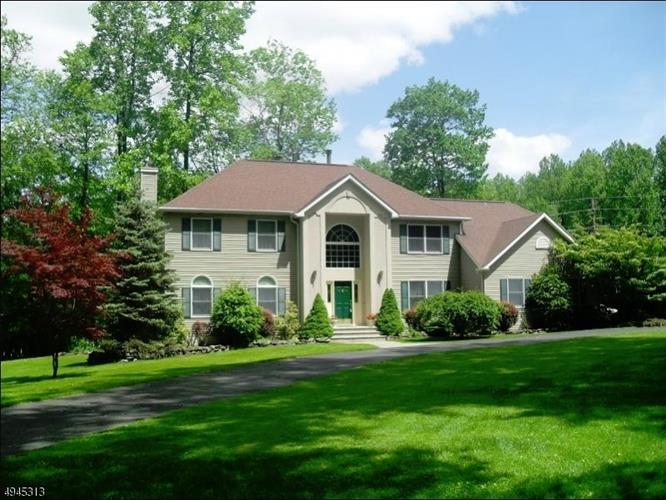 22 woodfield Rd, Green Township, NJ 07821 - Image 1