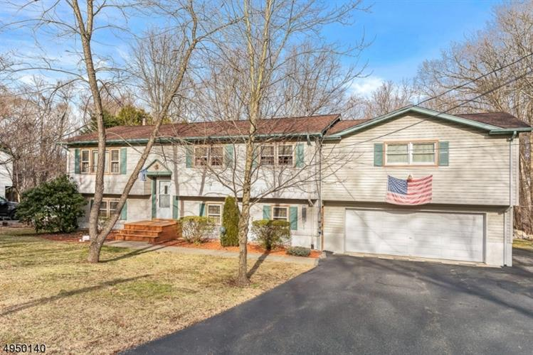 4 NEWTON AVE, Byram, NJ 07874 - Image 1