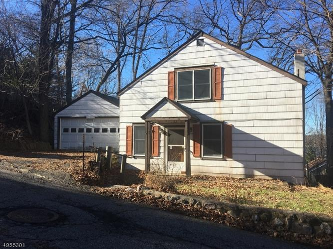 71 MOUNTAINVIEW AVE, Mount Arlington, NJ 07856 - Image 1