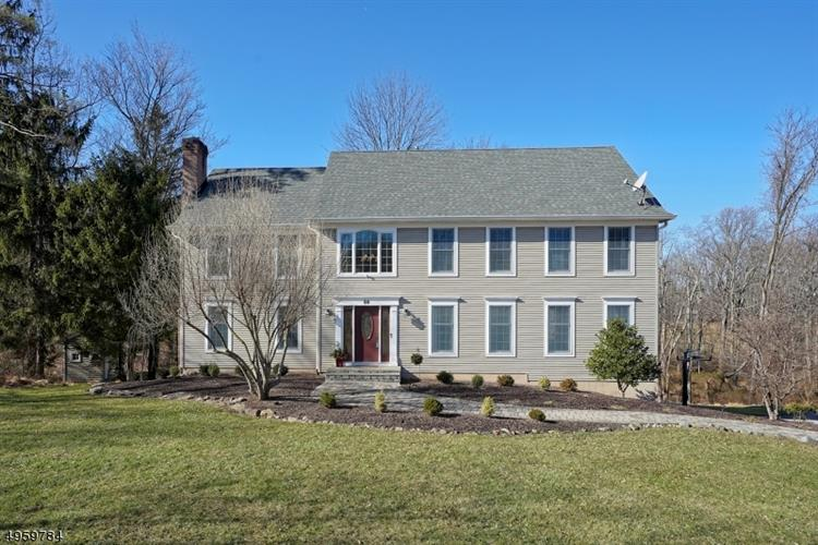 58 COUNTRY ACRES DR, Union Twp., NJ 08827 - Image 1