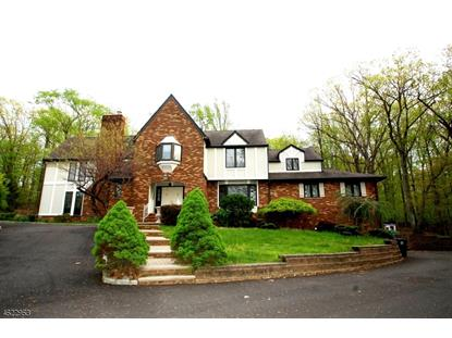 62 Glen Eagles Dr , Watchung, NJ