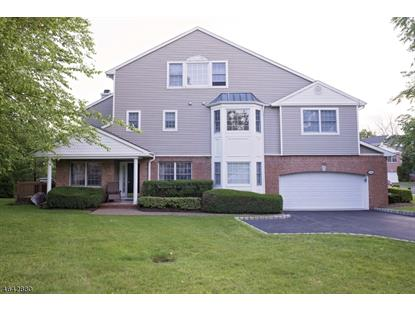 16 Waldeck Ct , West Orange, NJ