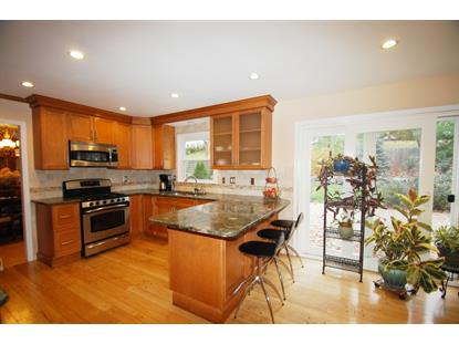 85 Johnston Dr , Watchung, NJ