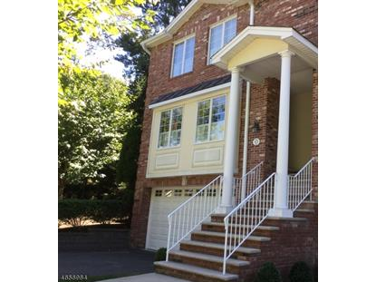 12 Skymark Ct , Upper Saddle River, NJ