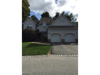 21 Red Oak Dr , Hardyston, NJ