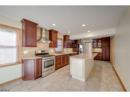 14 Belmont Dr , Livingston, NJ