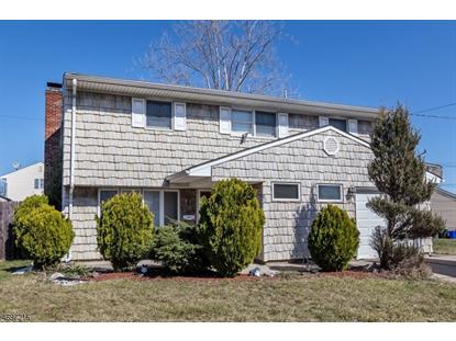 60 Tennyson St , Carteret, NJ