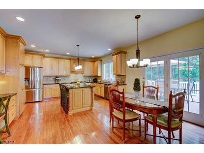 8 Country Woods Dr , Lebanon Twp, NJ