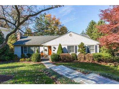3 Knob Hill Dr , Summit, NJ