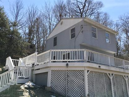 84 Riverside Rd , West Milford, NJ