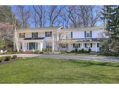 19 Stratford Dr , Livingston, NJ