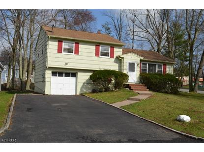 2 Emerson Dr , Livingston, NJ