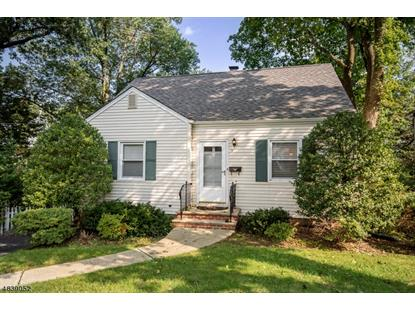 3 PIHLMAN PL  Chatham Boro, NJ MLS# 3503035