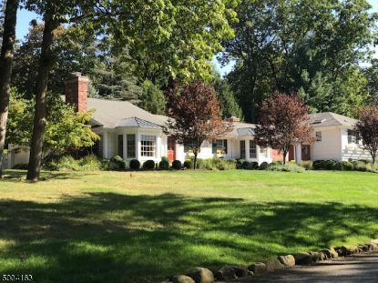 9 WINDSOR PL  Essex Fells, NJ MLS# 3653131