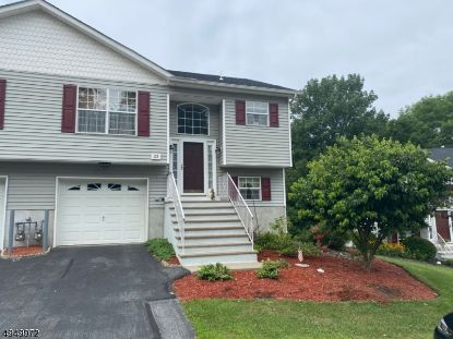 23 OAK POINT DR  Hamburg, NJ MLS# 3656043