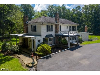 282 LOWS HOLLOW RD  Lopatcong, NJ MLS# 3657862