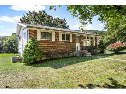 103 CHURCH RD  Holland Township, NJ MLS# 3666855