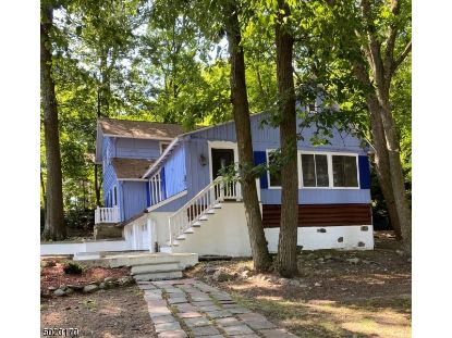 53 FAYSON LAKES RD  Kinnelon, NJ MLS# 3667549