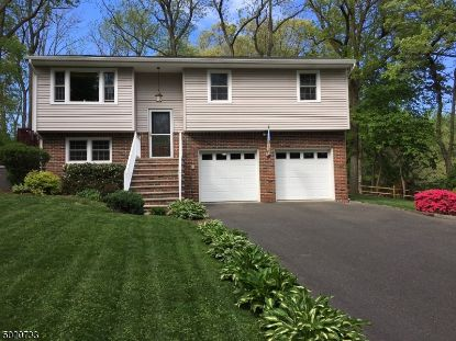 33 LACEY AVE  Long Hill Twp, NJ MLS# 3668020
