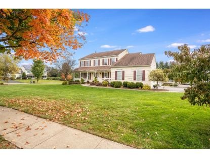 1 COBBLEWOOD CT  Lopatcong, NJ MLS# 3670937