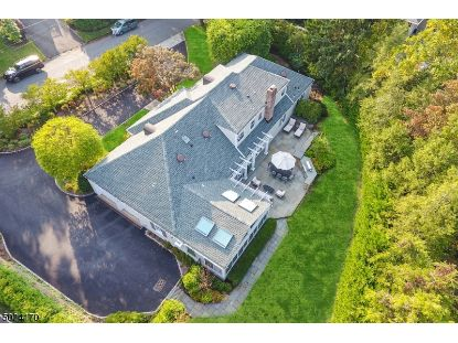 34 LAWRENCE DR  Millburn, NJ MLS# 3672372