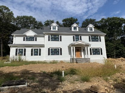 5 KENSINGTON CT  Mendham, NJ MLS# 3672496