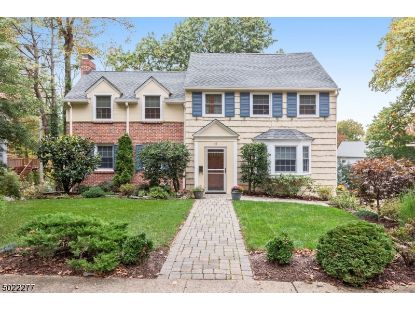 11 ELM PL  Summit, NJ MLS# 3672955