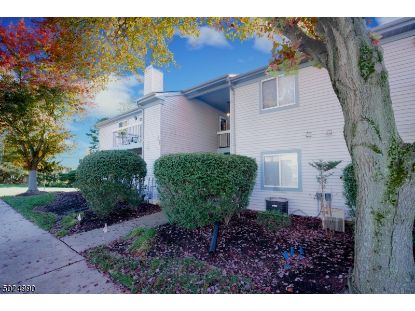 32 BEACONSFIELD PL  Franklin Twp, NJ MLS# 3673513