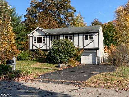 12 WHITEWOOD LN  Jefferson Township, NJ MLS# 3673725