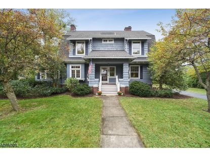 83 MAPLE ST  Summit, NJ MLS# 3674064