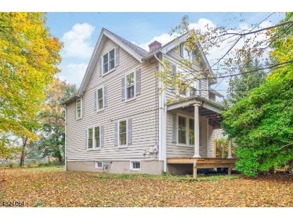 2 PARK AVE  Mendham, NJ MLS# 3674224