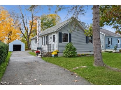 60 MAPLE AVE  Morris Plains, NJ MLS# 3674686