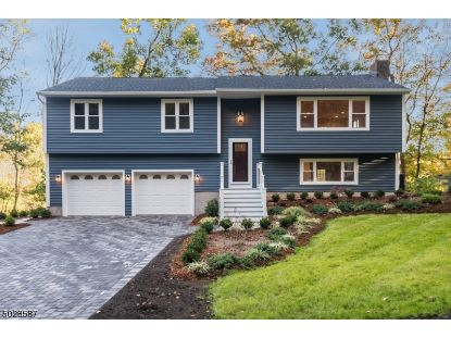 52 HEMLOCK AVE  Andover, NJ MLS# 3675147