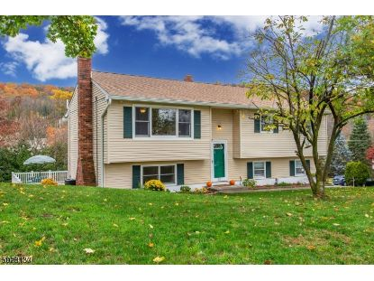 35 IVY PL  Vernon Twp., NJ MLS# 3675179