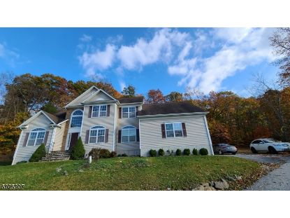 1 UPPER PLATEAU DR  Vernon Twp., NJ MLS# 3675258